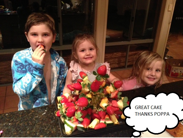 2kids and fruit cake